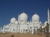 Moschee in Abu Dhabi - © Foto: Torsten Doppler / fotolia.com