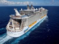 Die Allure of the Seas ist auch auf der Leinwand ein Star - Foto: Royal Caribbean International