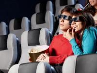 Die Kinos auf Kreuzfahrtschiffen überzeugen mit modernster Technik - © Foto: Deklofenak / fotolia.com