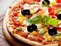 """Auf leckere Pizza brauchen Sie auch an Bord dieser Kreuzfahrtschiffe nicht zu verzichten. - © Foto: Barbara DudziÅ""""ska / fotolia.com"""