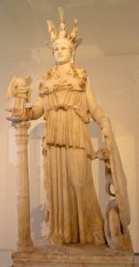 Statue von Athena
