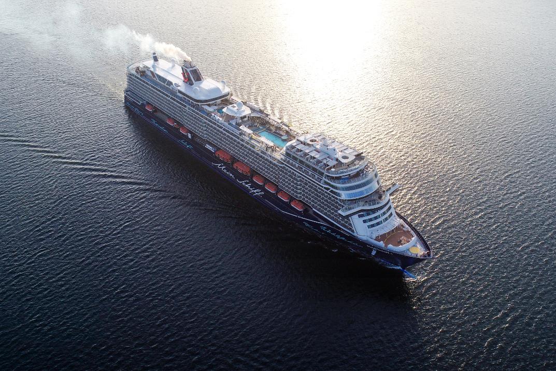Kreuzfahrtschiff Mein Schiff 2 von TUI Cruises