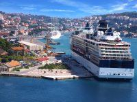 Kreuzafhrtschiff in Dubrovnik